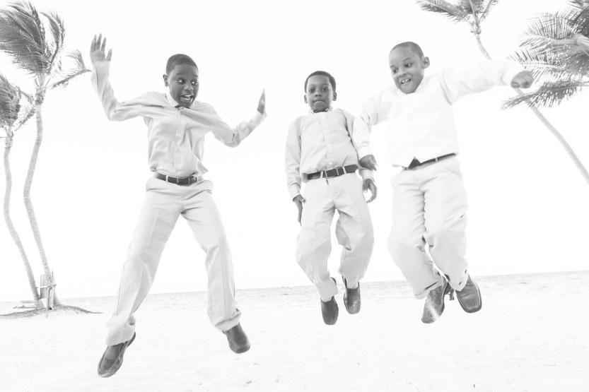 Wedding-Photography-Punta-Cana-Ambrogetti-Ameztoy-Photo-Studio-Kukua-Beach-Club (115 of 193)