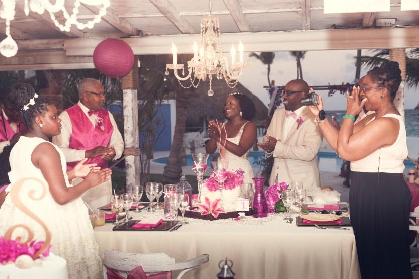 Wedding-Photography-Punta-Cana-Ambrogetti-Ameztoy-Photo-Studio-Kukua-Beach-Club (126 of 193)