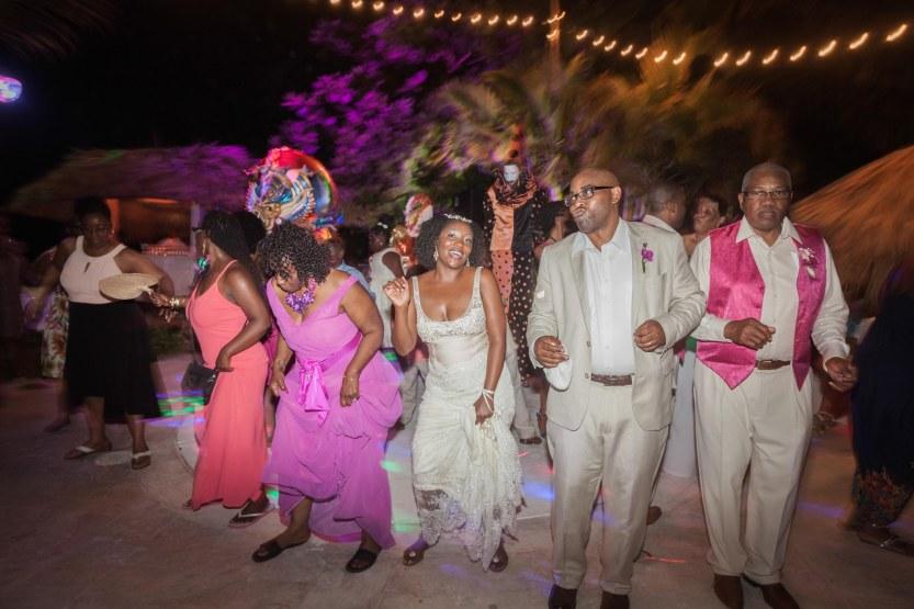 Wedding-Photography-Punta-Cana-Ambrogetti-Ameztoy-Photo-Studio-Kukua-Beach-Club (166 of 193)