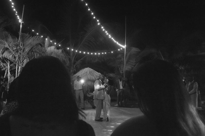 Wedding-Photography-Punta-Cana-Ambrogetti-Ameztoy-Photo-Studio-Kukua-Beach-Club (170 of 193)