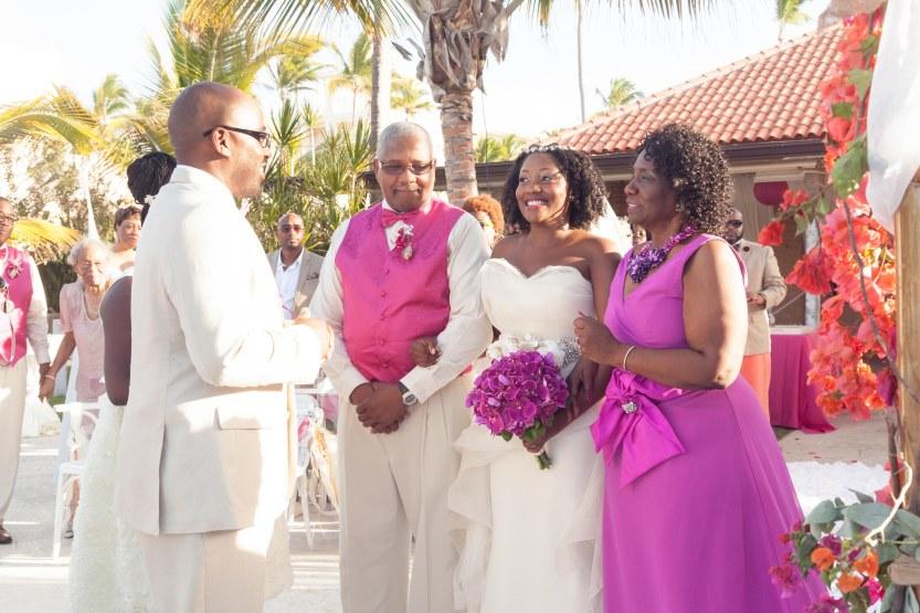 Wedding-Photography-Punta-Cana-Ambrogetti-Ameztoy-Photo-Studio-Kukua-Beach-Club (56 of 193)