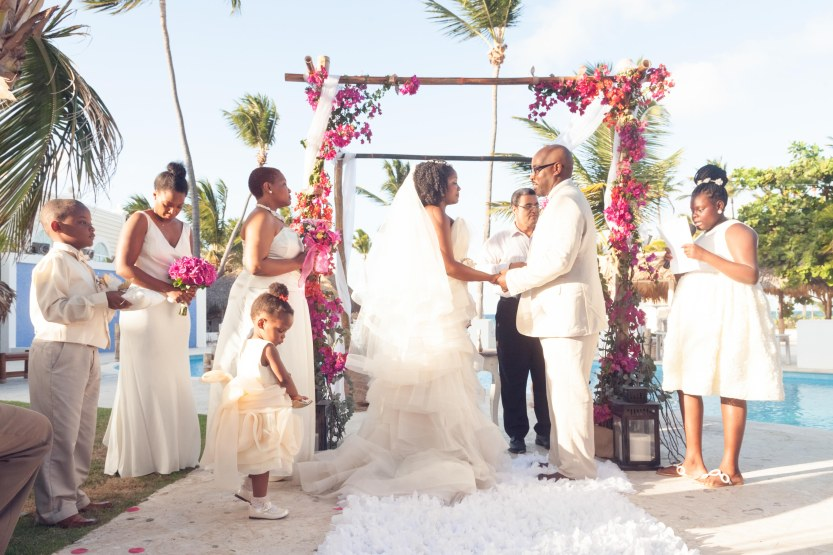 Wedding-Photography-Punta-Cana-Ambrogetti-Ameztoy-Photo-Studio-Kukua-Beach-Club (66 of 193)