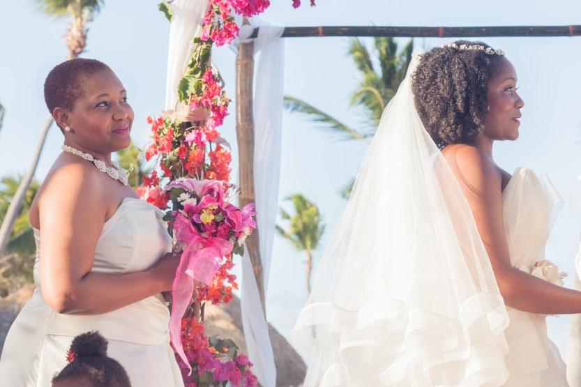 Wedding-Photography-Punta-Cana-Ambrogetti-Ameztoy-Photo-Studio-Kukua-Beach-Club (67 of 193)