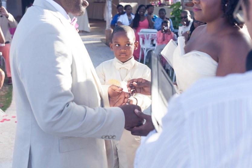 Wedding-Photography-Punta-Cana-Ambrogetti-Ameztoy-Photo-Studio-Kukua-Beach-Club (79 of 193)