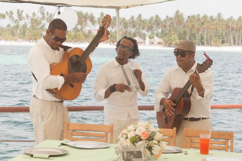 Wedding Photography Punta Cana La Barcaza Ambrogetti Ameztoy Photographer-73