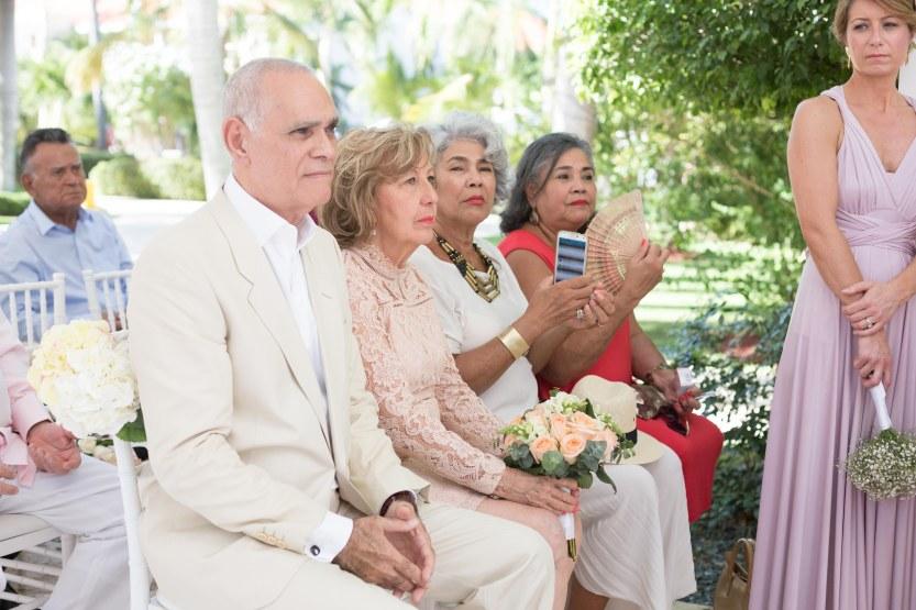 Wedding_Photograpahy_Punta_Cana_Ambrogetti_Ameztoy_Phot_Studio_Dreams-96