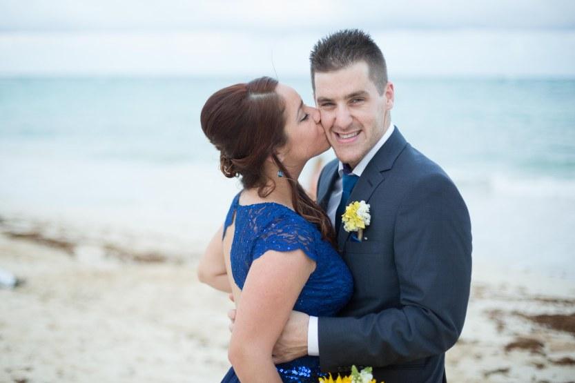 Wedding_Photography_Punta_Cana_Kukua by a by Ambrogetti Ameztoy Photo Studio-133