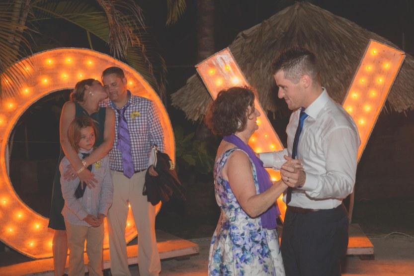 Wedding_Photography_Punta_Cana_Kukua by a by Ambrogetti Ameztoy Photo Studio-238