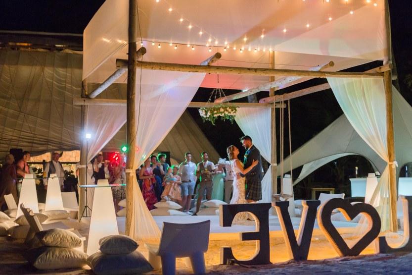 Wedding Photography Punta Cana Ambrogetti Ameztoy Martin Sebastian Jellyfish-125