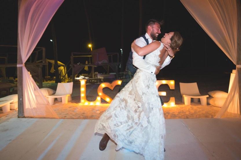 Wedding Photography Punta Cana Ambrogetti Ameztoy Martin Sebastian Jellyfish-147
